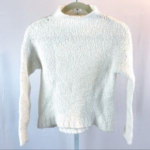 BP. Ivory Mock turtleneck sweater size Small
